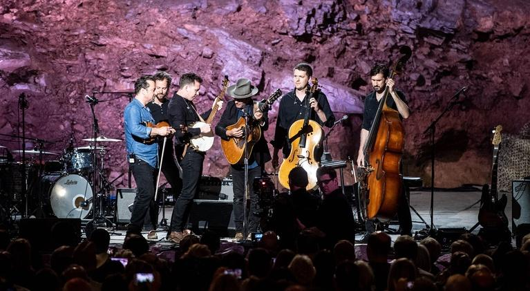 Bluegrass Underground: Gregory Alan Isakov