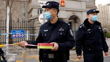 Chinese officials stifle, expel foreign journalists