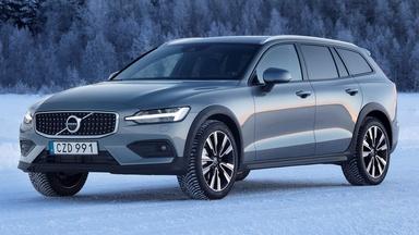 2019 Volvo V60 T5 Cross Country & 2020 Mazda 3