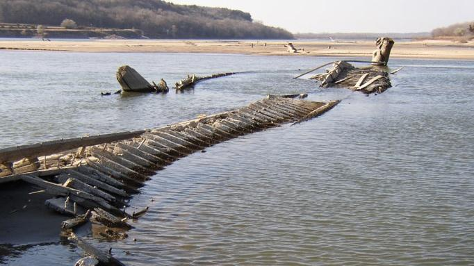 The Wreck of the Steamboat North Alabama