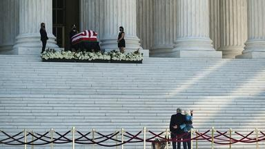 Ginsburg honored at Supreme Court amid fight over her seat
