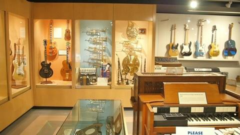 LAaRT -- The Museum of Making Music