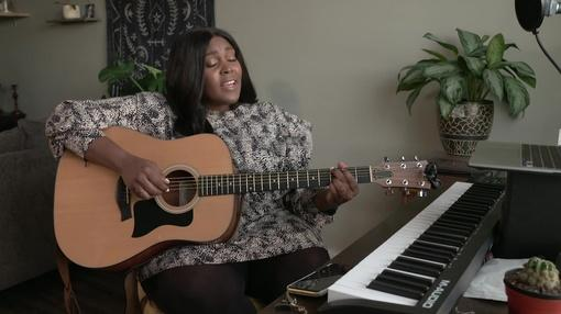 PBS NewsHour : Black women are finally breaking through country music