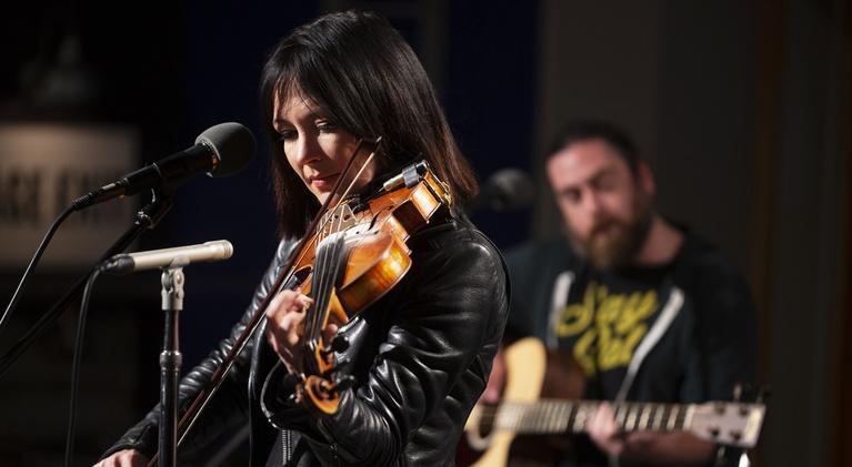 Live On The Bridge: Amanda Shires
