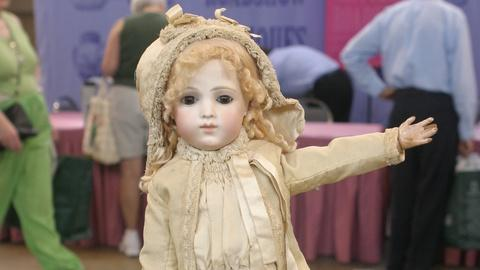 Antiques Roadshow -- Appraisal: Bru Doll & Accessories, ca. 1880