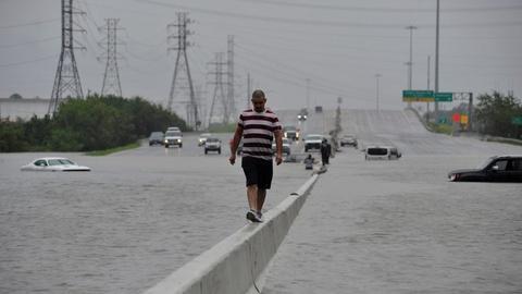PBS NewsHour -- Why Houston is a 'sitting duck' for hurricanes