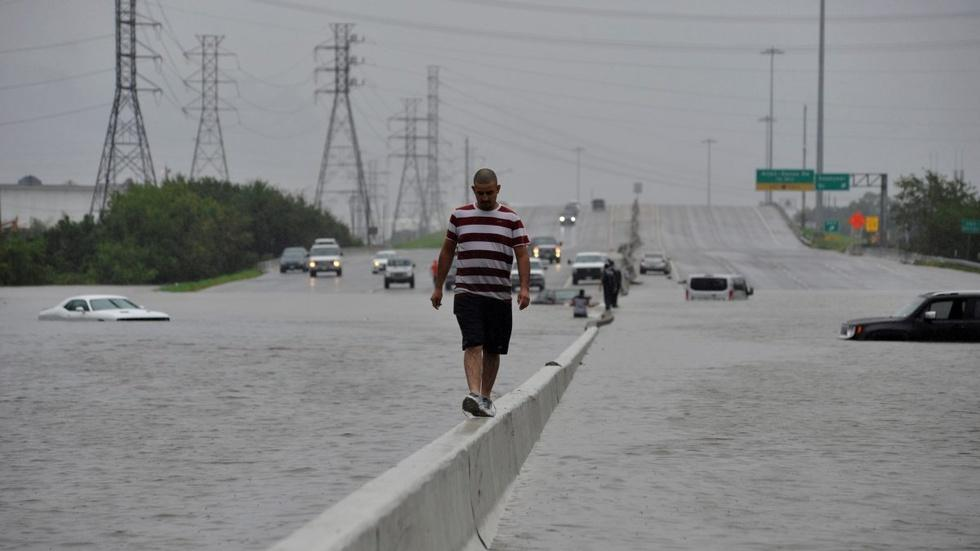 Why Houston is a 'sitting duck' for hurricanes image