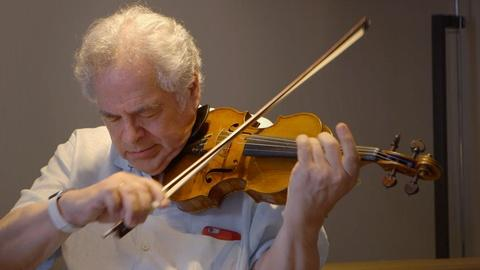 "Itzhak Perlman Plays ""Theme From Schindler's List"""