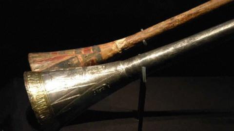LAaRT -- King Tut, Storm Hunting, She Rocks Award
