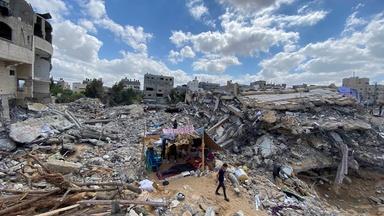Rebuilding begins in Gaza amid dire conditions
