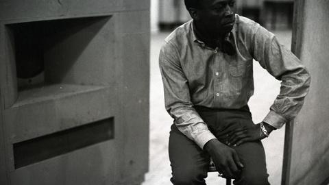 """Clip   How Miles Davis Recorded """"Kind of Blue"""""""