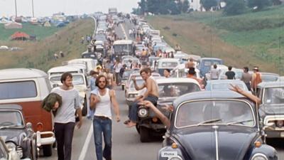 Trailer  Woodstock
