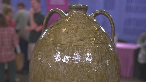Antiques Roadshow -- S21 Ep20: Appraisal: Late 19th-Century Southern Alkaline Gla