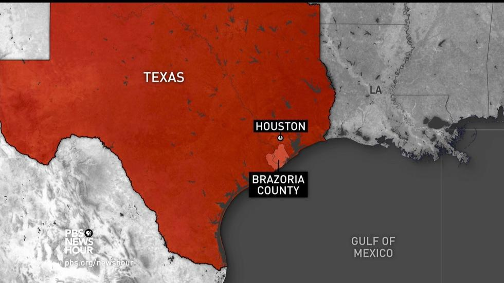 In Texas county, 'worst flooding is in front of us' image