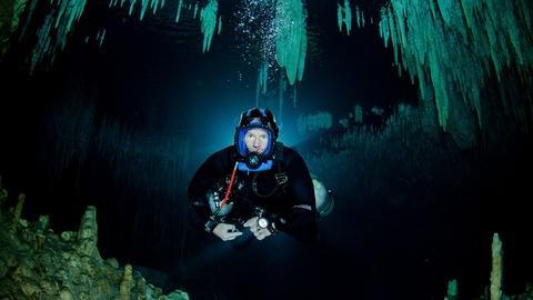 S1 E4: Steve's Training Dive