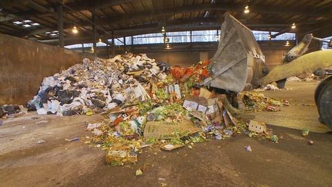 America Revealed -- Waste Deep