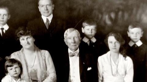 American Experience -- S25 Ep2: John D. Rockefeller