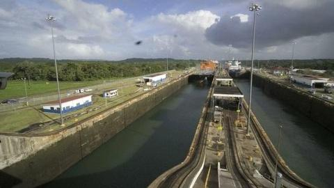 American Experience -- S9: Travel the Panama Canal