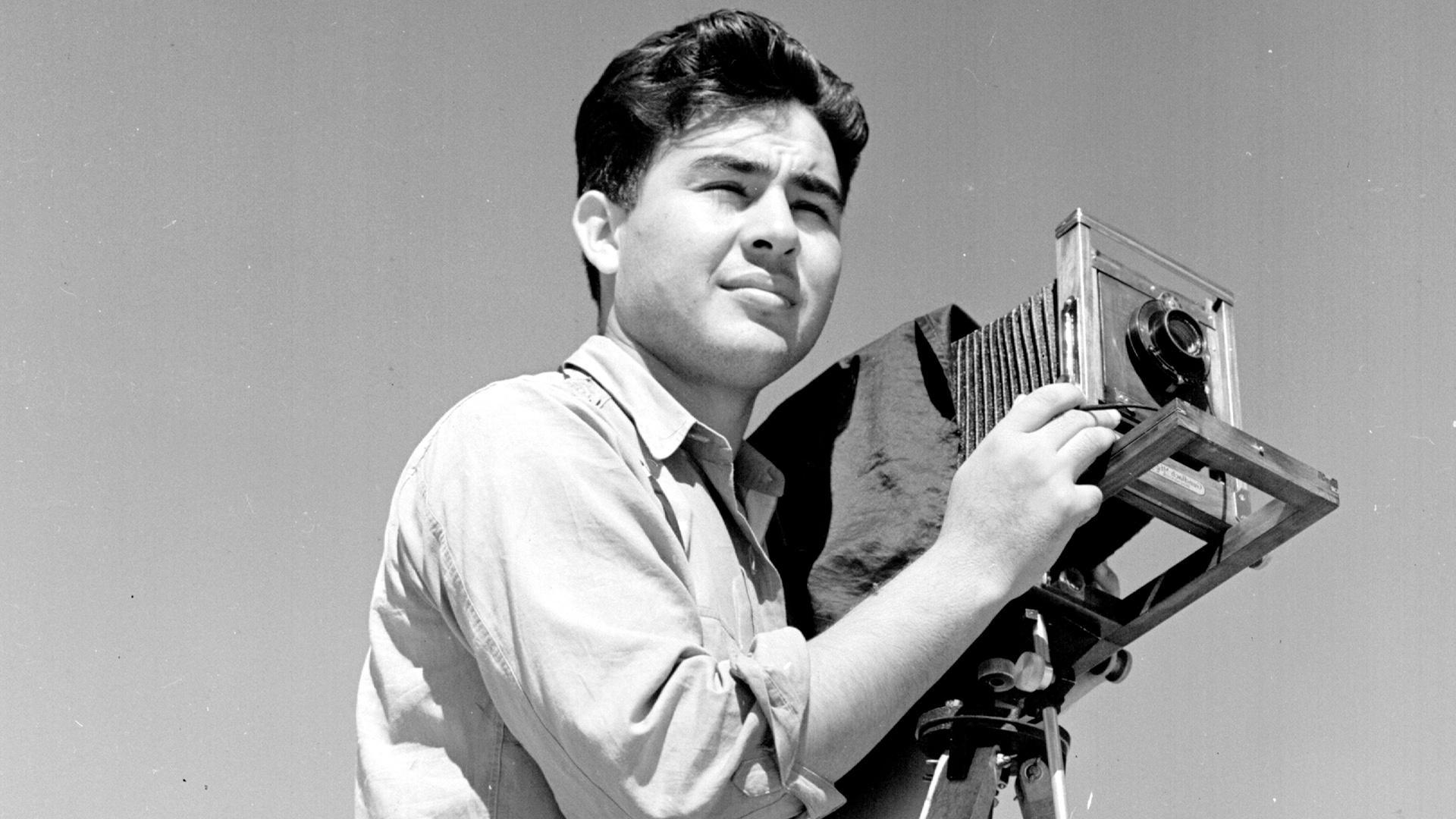 En Español: Pedro E. Guerrero: A Photographer's Journey