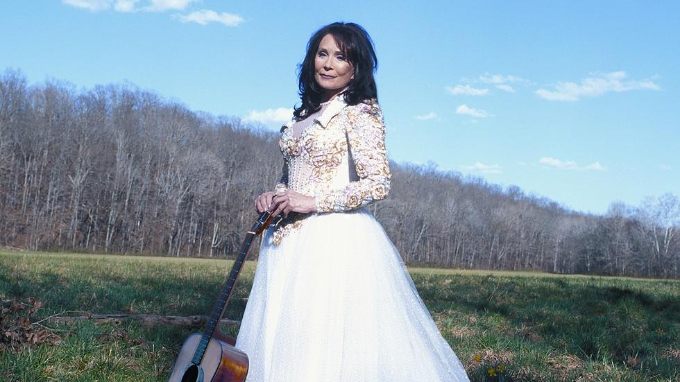 S30 Ep5: Loretta Lynn: Still a Mountain Girl - Trailer image