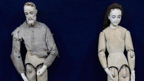 Antiques Roadshow -- S15 Ep5: Appraisal: 18th C. Carved Ivory & Wood Creche Figur
