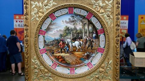 Antiques Roadshow -- S16 Ep16: Appraisal: Royal Vienna-Style Porcelain Plaque, ca
