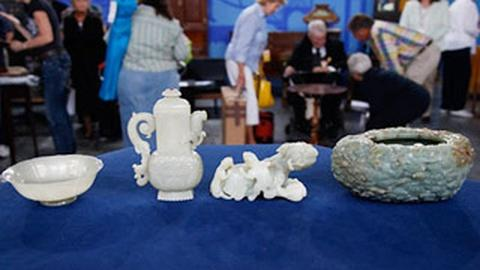Antiques Roadshow -- 18th-C. Qianlong Jade Collection: Owner Interview