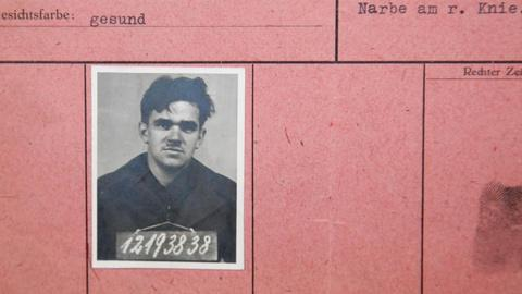 Antiques Roadshow -- S15 Ep17: Appraisal: World War II P.O.W. Archive