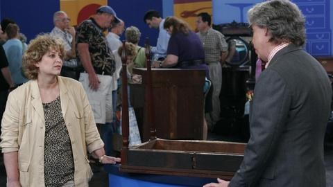 Antiques Roadshow -- S10: Appraisal: Fake Boston Card Table, ca. 1925