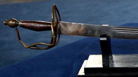 Antiques Roadshow -- S15 Ep14: Appraisal: Revolutionary War Sword, ca. 1770