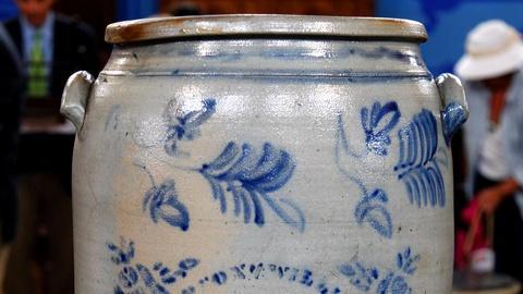 Antiques Roadshow -- S16 Ep8: Appraisal: Thompson & Williams 20 Gallon Stoneware