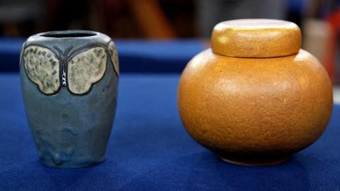 Antiques Roadshow -- S16 Ep16: Appraisal: Grueby Jar & Rhead Butterfly Vase