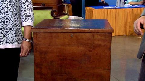Antiques Roadshow -- S15 Ep19: Appraisal: Early 19th Century Sugar chest