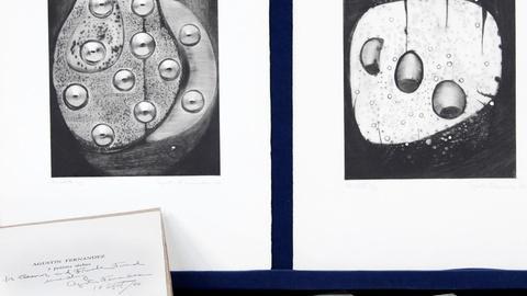 Antiques Roadshow -- S15 Ep15: Appraisal: 1964 Agustin Fernandez Etching Portfoli