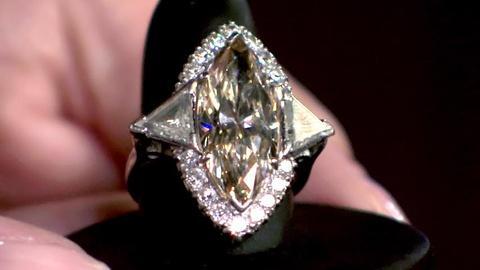 Antiques Roadshow -- S16 Ep12: Appraisal: Marquise-cut Diamond & Platinum Ring