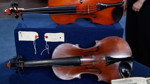 Antiques Roadshow -- S16 Ep12: Appraisal: Fendt School Violins