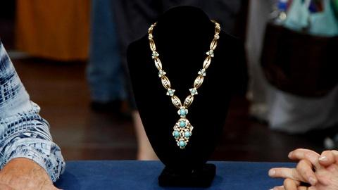 Antiques Roadshow -- S16 Ep11: Appraisal: Gold, Diamond & Turquoise Necklace, ca.