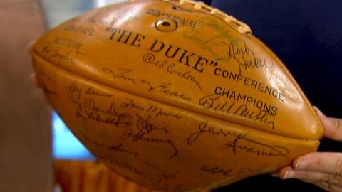 Antiques Roadshow -- S18 Ep8: Appraisal: 1962 Signed Green Bay Packers Football