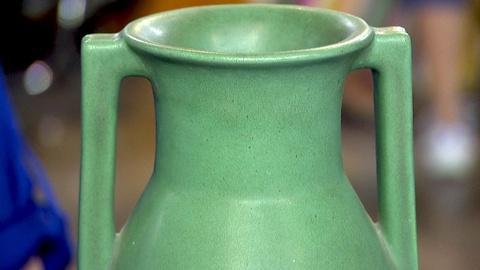 Antiques Roadshow -- S18 Ep10: Appraisal: Teco Pottery Vase, ca. 1905
