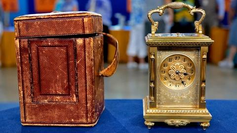 Antiques Roadshow -- S18 Ep11: Appraisal: 1892 Tiffany & Co. Carriage Clock