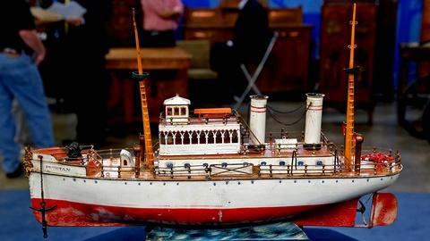 "Antiques Roadshow -- S18 Ep12: Appraisal: Marklin ""Puritan"" Toy Boat, ca. 1910"