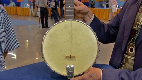 Antiques Roadshow -- S18 Ep12: Appraisal: Vega Whyte Laydie Banjo, ca. 1928