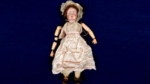Antiques Roadshow -- S18 Ep13: Appraisal: Klay & Hahn Character Doll, ca. 1910