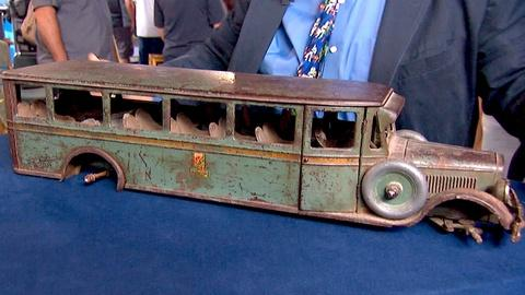 Antiques Roadshow -- S18 Ep14: Appraisal: Buddy L Bus, ca. 1928