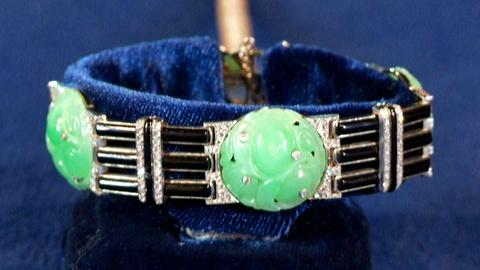 Antiques Roadshow -- S18: Web Appraisal: French Art Deco Carved Jade Bracelet