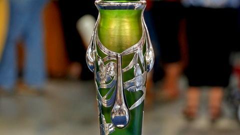 Antiques Roadshow -- S18 Ep18: Appraisal: 20th-Century Loetz Silver Overlay Vase