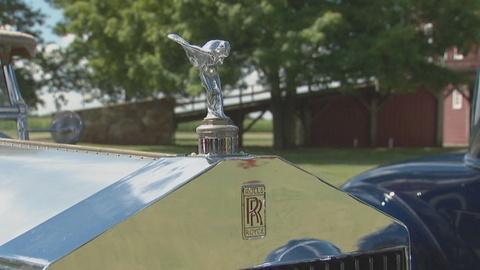 Antiques Roadshow -- S13 Ep13: Field Trip: Antique Car Mascots