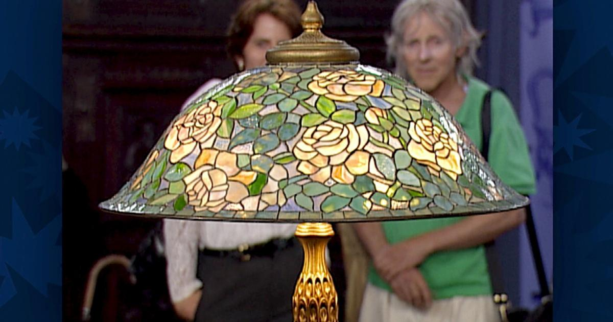 Appraisal Louis Comfort Tiffany Lamp With Quot Rose Helmut