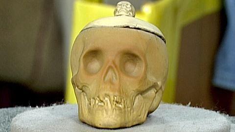 Antiques Roadshow -- S18 Ep27: Appraisal: Weller Dickens Ware Skull Humidor
