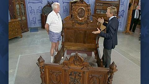 Antiques Roadshow -- S18 Ep28: Appraisal: Victorian Carved Oak Bed